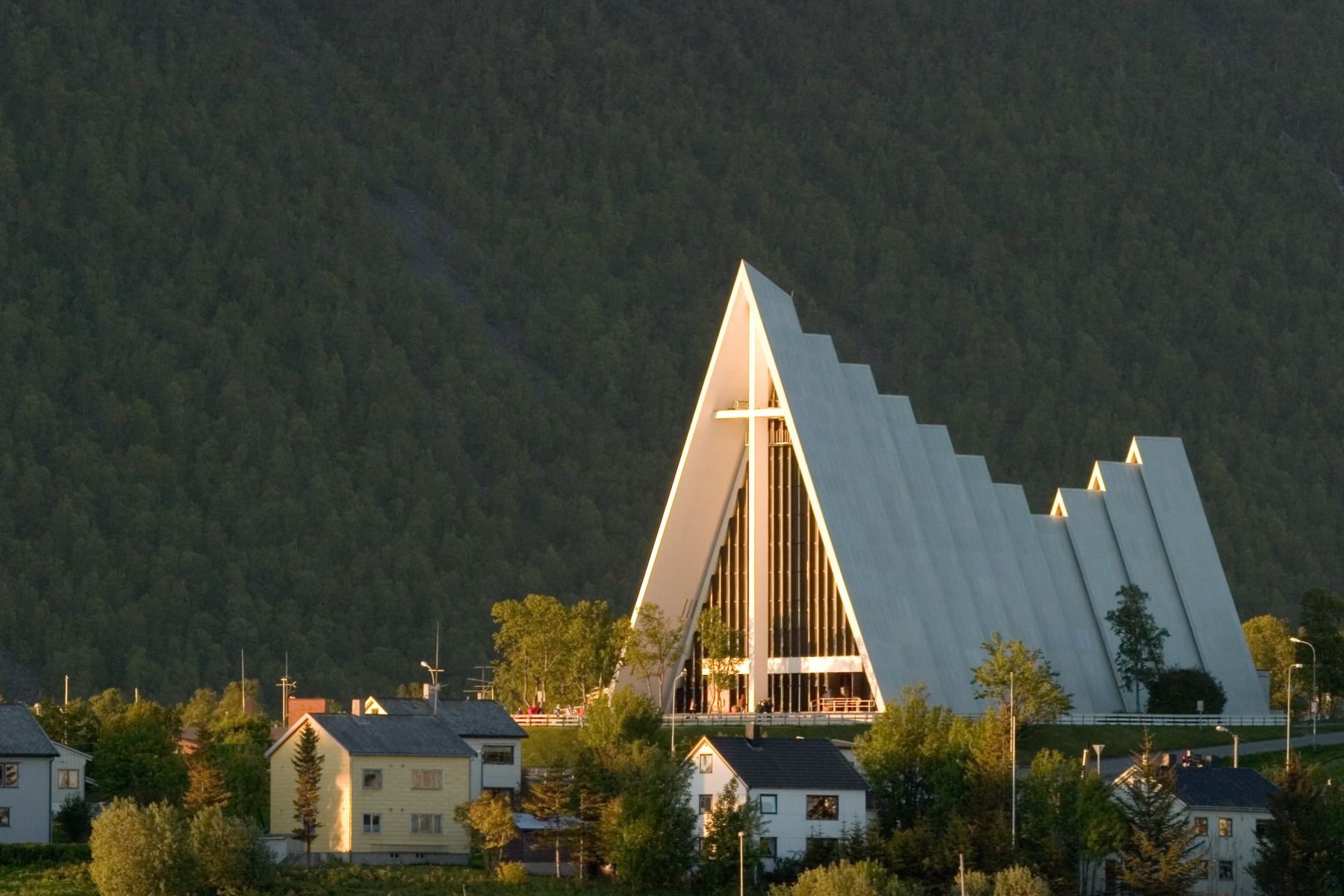 The-Arctic-Cathedral